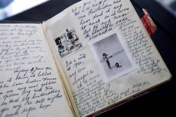 Denník Anny Frankovej vystavený v Múzeu Anny Frankovej v Amsterdame.