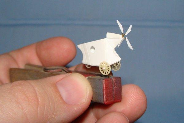 Jedna z miniatúr z tvorby Martina Mikuláša.