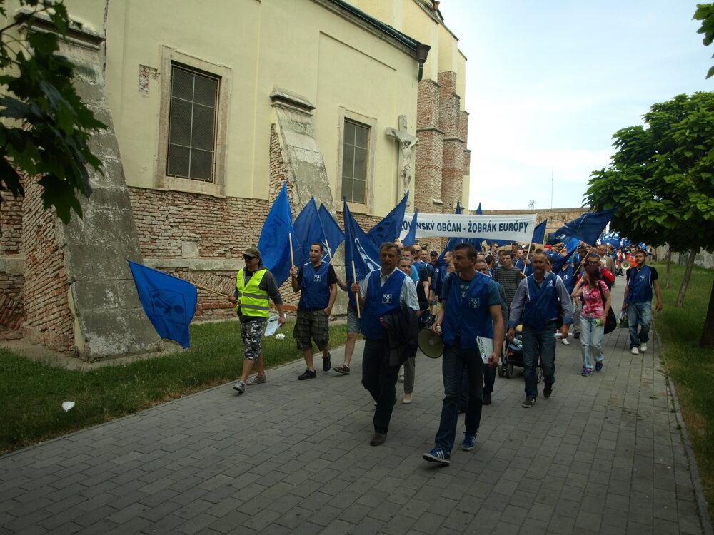 V PSA sa hrozil štrajk