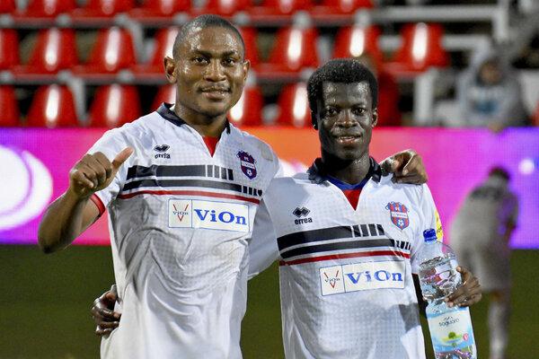 Vedenie klubu má záujem, aby najlepší strelec Fortuna ligy Tawamba hral za ViOn aj na jar.
