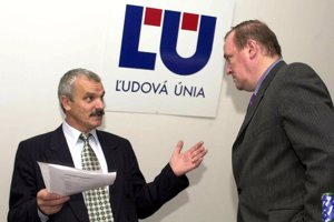 Gustáv Krajči (vľavo) na snímke z roku 2004.