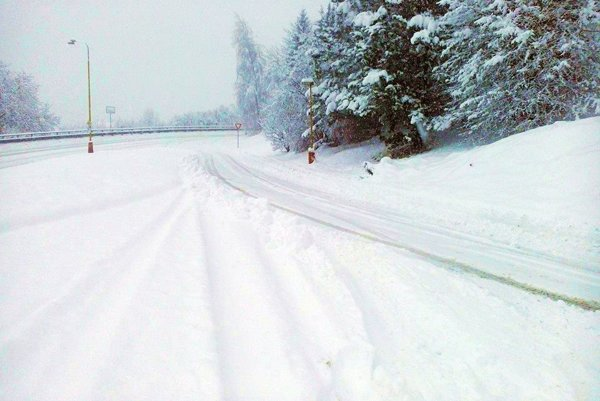 Počasie prinieslo vo februári bohatú snehovú nádielku.