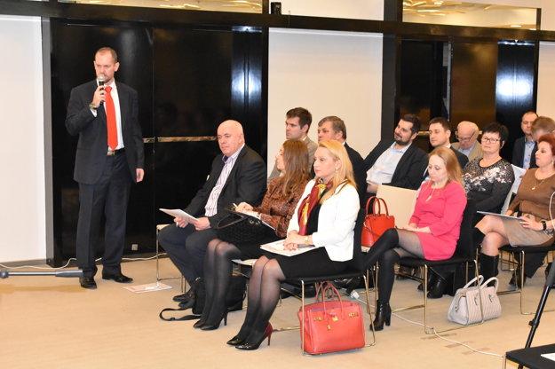 Stretnutie so županom Košického samosprávneho kraja otvoril Milan Mokráň, riaditeľ divízie týždenníkov MY spoločnosti Petit Press.