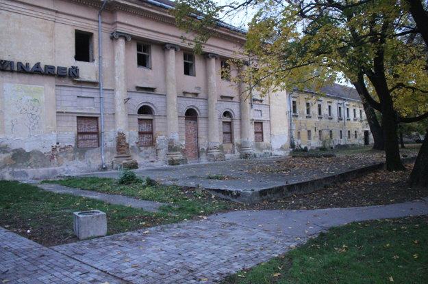 Kaštieľ je národnou kultúrnou pamiatkou.
