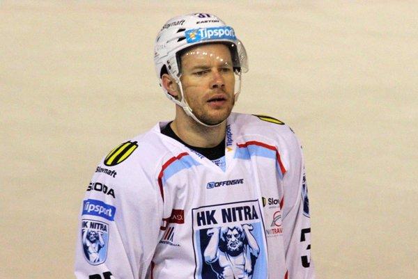Peter Podhradský patrí medzi najskúsenejších obrancov HK Nitra.