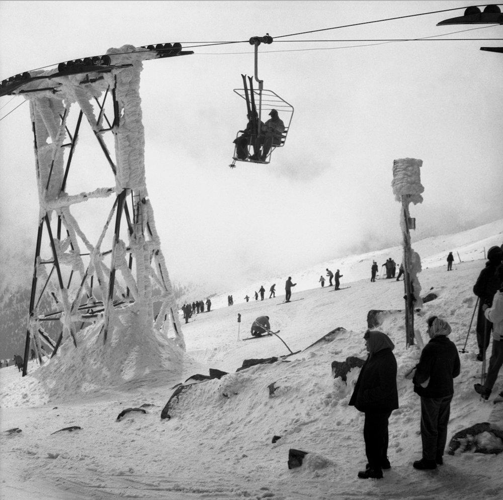 Na archívnej snímke z 5. apríla 1961 jar v Nízkych Tatrách.