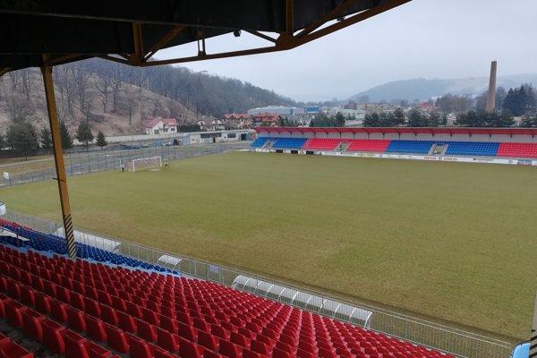 Bardejovský štadión ešte nie je pripravený.