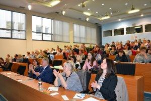 Konferencia nazvaná Odborná pomoc obetiam trestných činov sa uskutočnila včera na pôde ŽSK.