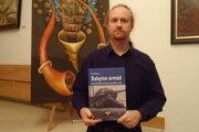 Autor knihy Pavol Šteiner.