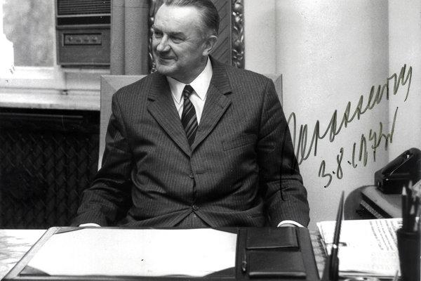 Zosnulý poľský premiér Piotr Jaroszewicz.