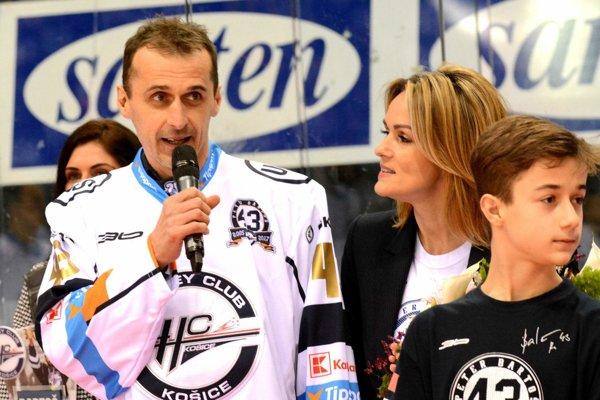 Asistent trénera HC Košice. Peter Bartoš verí, že play-off začnú lepšie ako končili základnú časť.