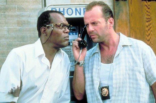 S Bruceom Willisom v Smrtonosnej pasci 3 (1995).