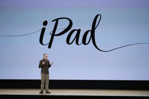 Greg Joswiak, viceprezident spoločnosti Apple pre produktový marketing.