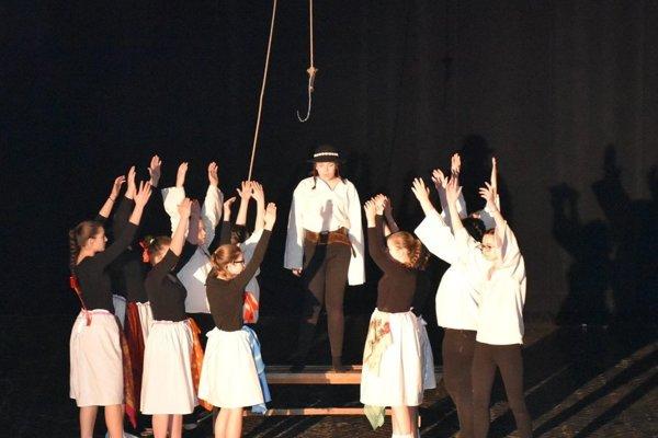 Divadelné dosky v Poltári ovládli mladí umelci