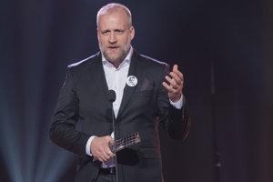 Režisér Peter Bebjak s cenou za najlepšiu filmovú réžiu
