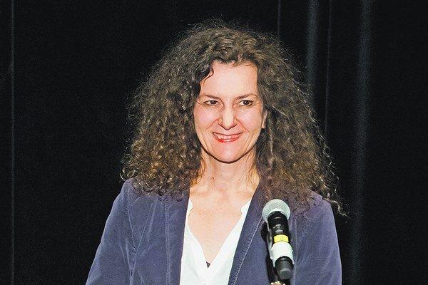 Nemecká dramatička Dea Loher sa stala patrónkou festivalu Nová Dráma/New Drama 2015 v Bratislave, počas ktorého uviedla aj výber svojich dramatických textov v slovenskom preklade.