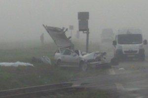 Tragická zrážka vlaku s osobným vozidlom
