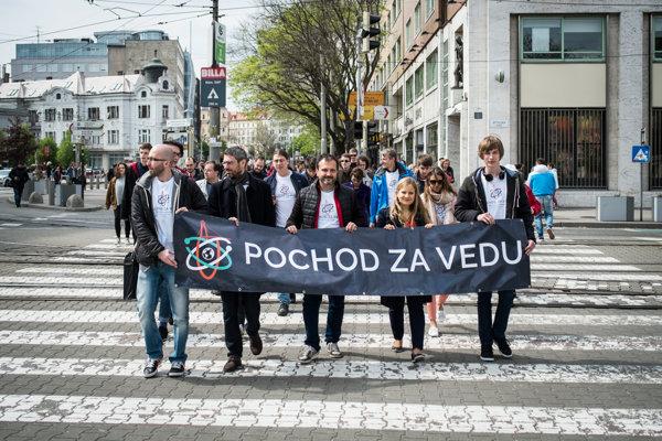 Prvý ročník Pochodu za vedu v Bratislave.