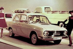 DKW F102 vzniklo v ére Daimleru.