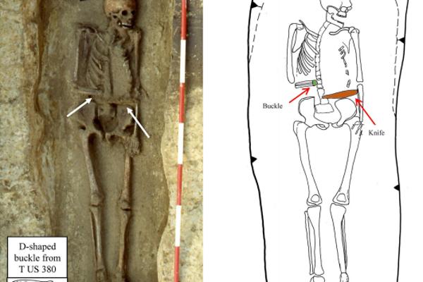 Nález kostry muža s amputovanou rukou a nožom namiesto nej.