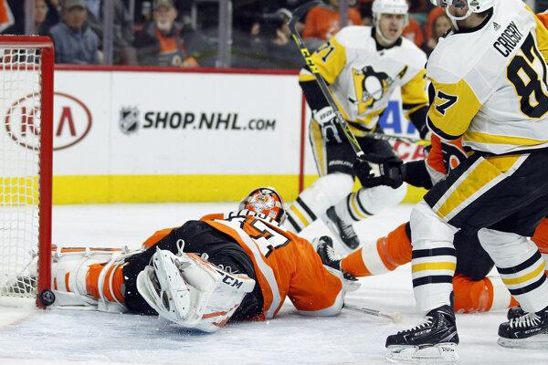 Hokejisti Pittsburghu vedú v sérii nad Philadelphiou 3:1.