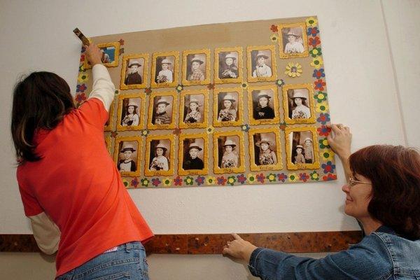 Zverejňovanie fotiek detí na školskej nástenke bez súhlasu rodiča bude riskantné. (ilustračné foto)