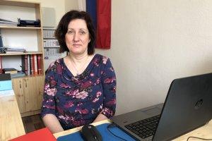 Na snímke starostka obce Obišovce Mária Baboľová.