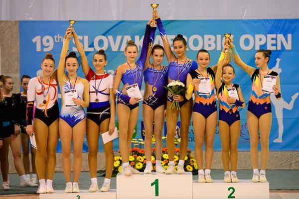 Staršie žiačky - AG1: 1. miesto Slávia PU Prešov – Laura Štupáková, Diana Molnárová, Nikola Miháliková.