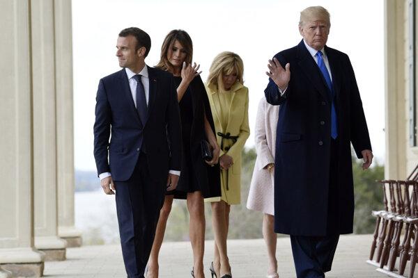 Francúzsky prezident Emmanuel Macron a americký prezident Donald Trump.