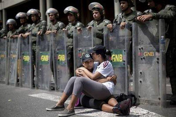 Protesty vo Venezuele vedú najmä študenti.