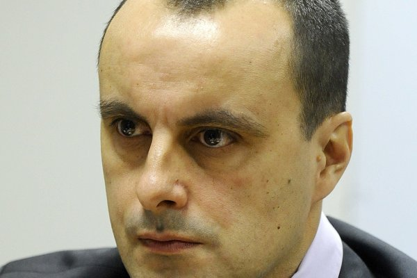Alexander Sako.