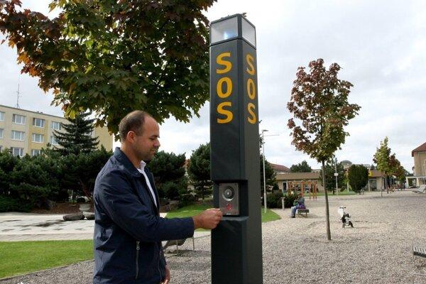 Tiesňové hlásky sú v Žiari na siedmich miestach.