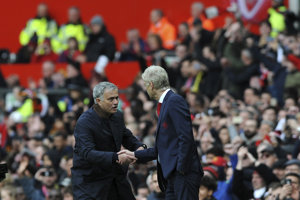 Arsenovi Wengerovi vyslovil slová uznania aj Jose Mourinho.