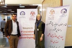 Erika Belopotočanová s organizátorom konferencie o stavebnom inžinierstve v Iráne.