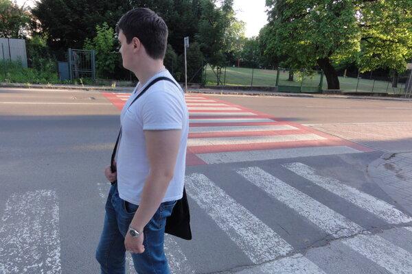 V Zlatých Moravciach je dohromady 55 mestských priechodov pre chodcov.