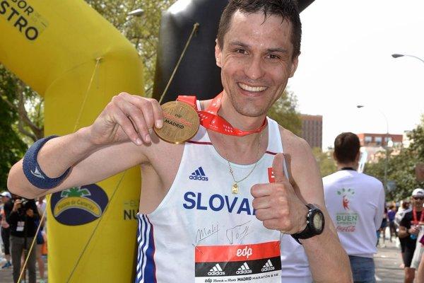 Ján Raclavský chce odbehnúť maratóny vo všetkých hlavných mestách Európskej únie.