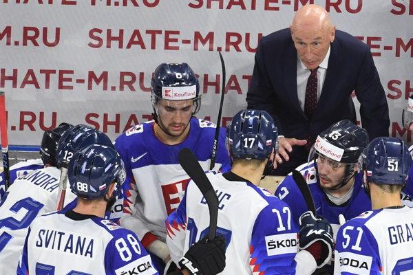 Slovenskí hokejisti nestačili na Rusko.