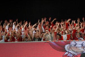 Fanúšikovia počas zápasu.