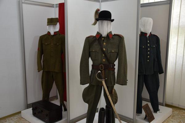 Výstava Z víru vojny zrodená potrvá od sedemnásteho mája do druhého septembra.