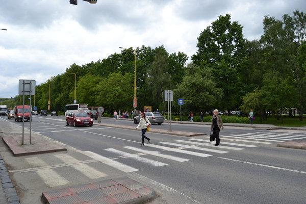 Prestupný uzol Levočská na Sídlisku II pre MHD aj SAD sa zatiaľ modernizovať nebude.