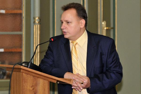 Rektor PU Peter Kónya.