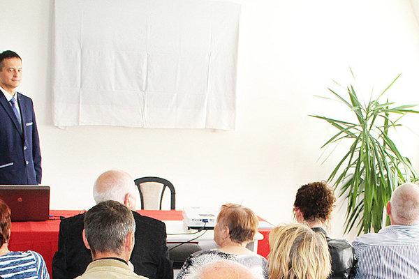 Prednášky kardiológov Alexandra Klabníka (vľavo) aJána Murína sa nezúčastnilo veľa ľudí, oto väčší záujem však mali otému.