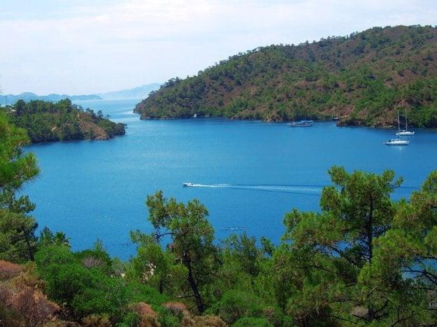 Egejská riviéra je symbolom čistého mora.