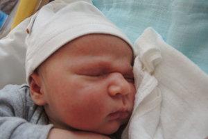 Jakub Imrich (3750 g, 51 cm) sa narodil 17. mája Barbore a Jakubovi z Trenčína. Doma už majú 2,5-ročnú Hanku.