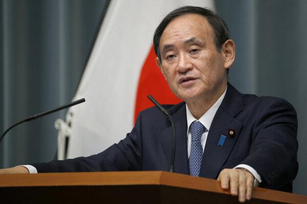 Hovorca japonskej vlády Jošihide Suga.