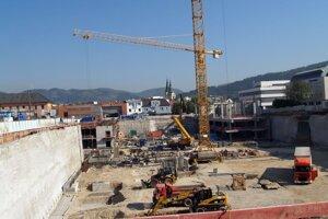 S výstavbou Auparku začali v júli 2007 a otvorili ho v októbri 2010.