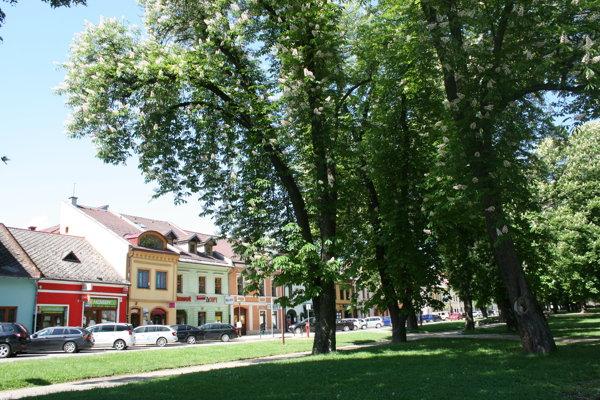 Spišská Nová Ves - park na námestí