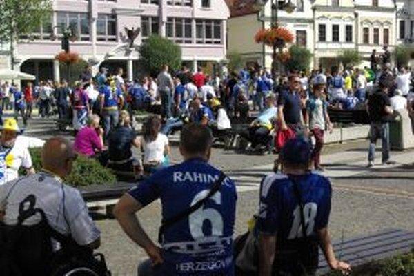 Žilinu už zaplavilo množstvo fanúšikov z Bosny a Hercegoviny.