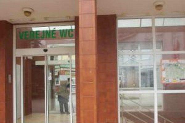 Od nového roku by sa za použitie verejného WC na Hlinkovom námestí neplatí.