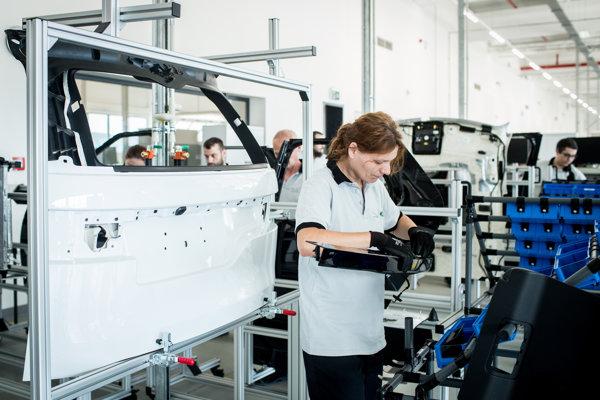 Svoje autá začne nitriansky závod montovať už začiatkom septembra.